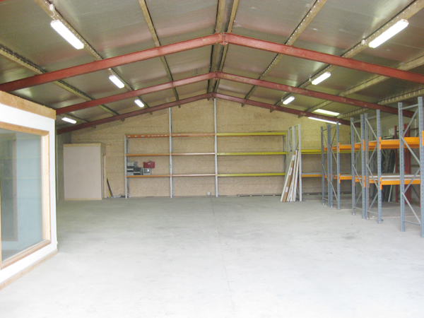 Warehouse storage warehouses and containers for 5000 square feet to meters